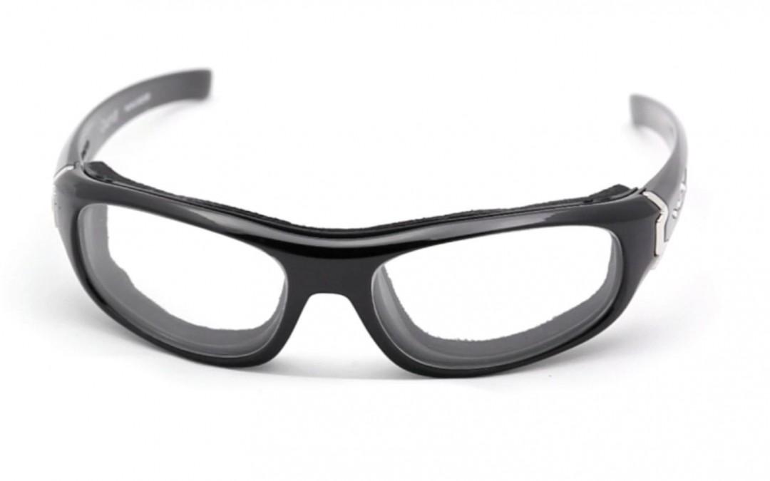 Okulary korygujące wzrok na stanowisku pracy przy ocenie zdjęć radiologicznych