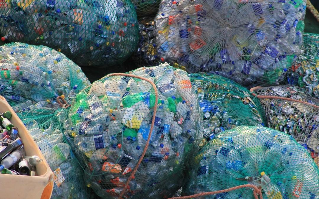 Środki bezpieczeństwa stosowane podczas sortowania odpadów