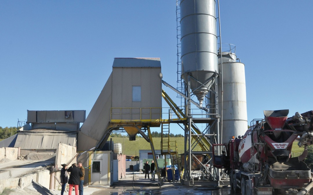 Ciężki wypadek przy produkcji betonu