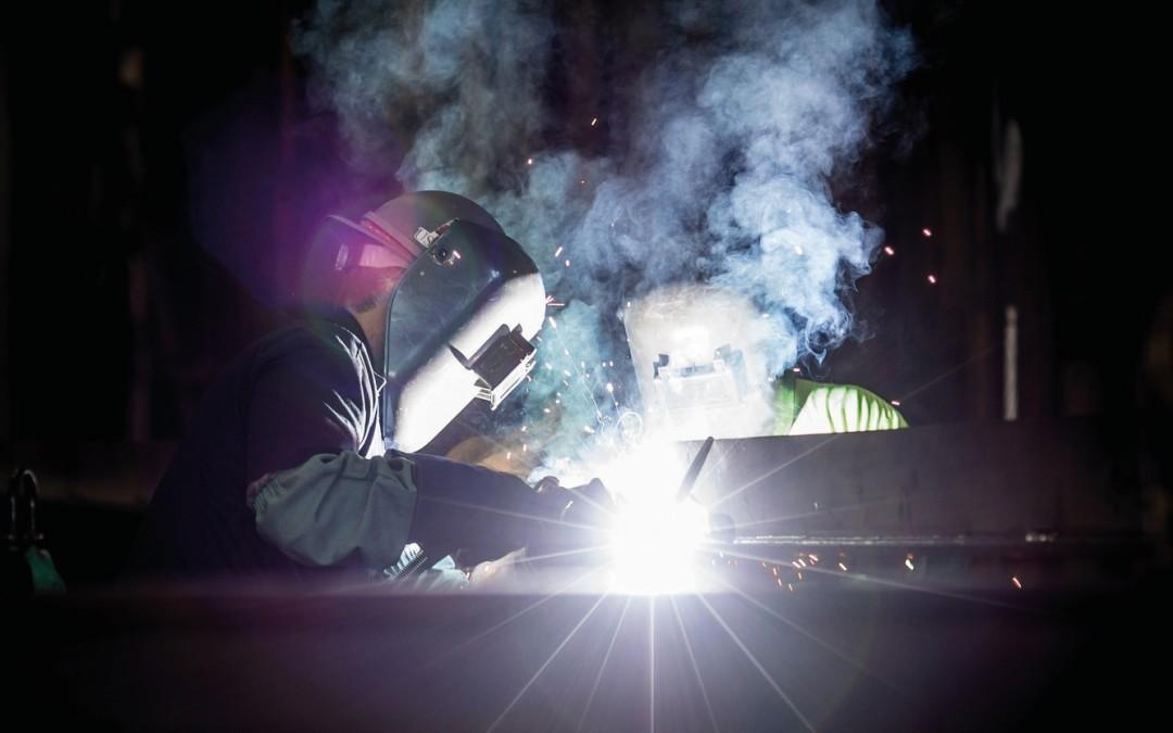 Ocena ryzyka zawodowego dla prac spawalniczych w kanałach, zbiornikach i innych przestrzeniach zamkniętych